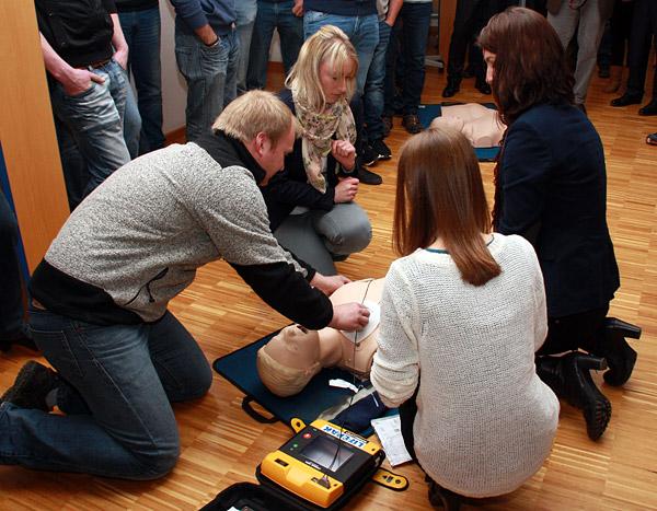 Schulung Defibrillator