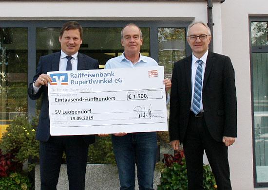 Spendenübergabe SV Leobendorf